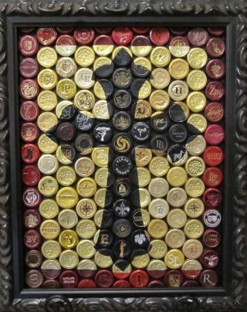 vino mosics the cross