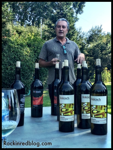 Markus Bokish introduces us to his Spanish varietals with cuttings from Rioja Alavesa and Rias Baixas.