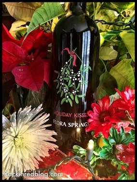 flora-springs-holiday-kisses-holiday-wine-gift