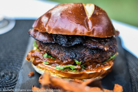 Coffee rubbed burger with Dr Pepper sauce and Troon (1 of 1)